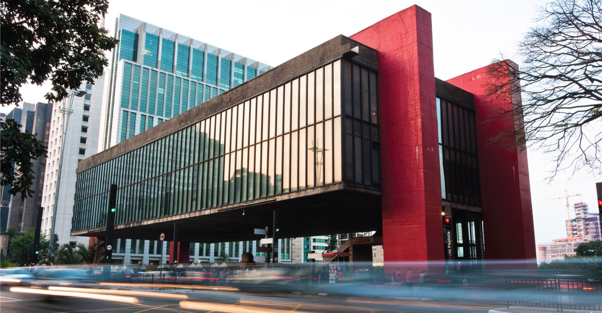 exterior of entire masp museum, glass box with red pillars